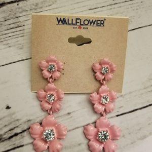 Layered pink flower post dangle earrings nwt